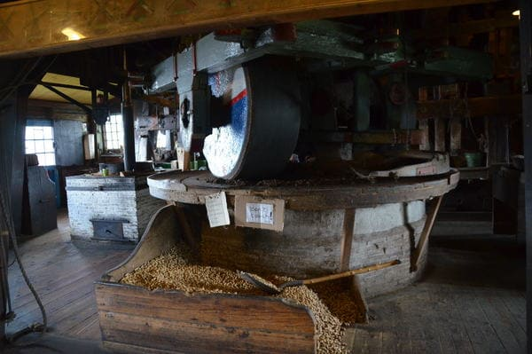Meule dans un moulin amsterdam
