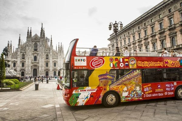 Bus touristique Milan