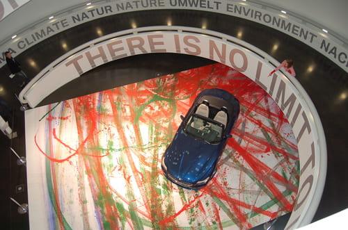 Escalier entrée musée BMW