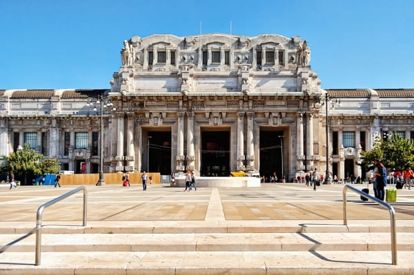 Gare centrale train Milan
