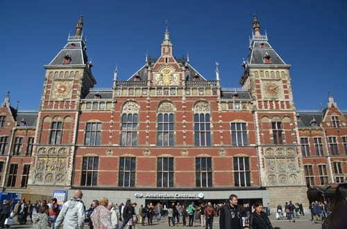 Arrivée à la gare d'amsterdam