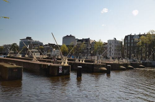 Ecluses canal amsterdam