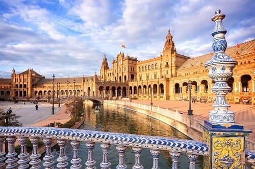 Azulejos Seville place espagne