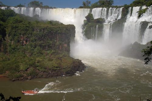 Iguazu bateau