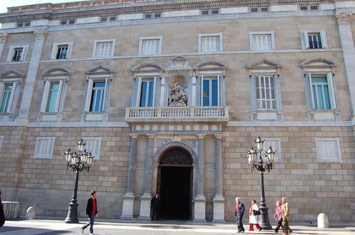 Batiment centre institutionnel de Barcelone
