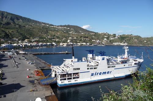 Ferry en Sicile