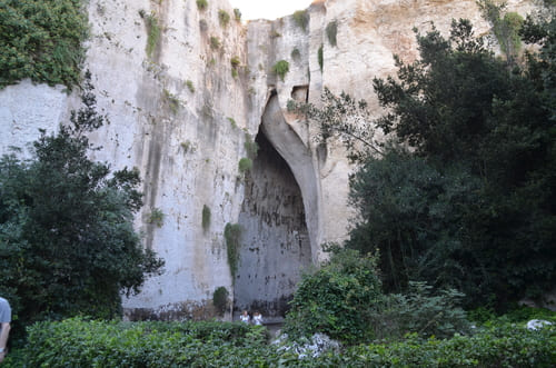 Visite Neapolis grotte