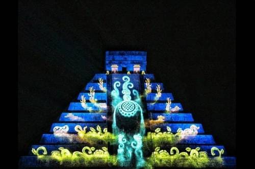 Chichen Itza de nuit