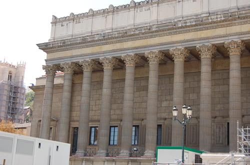 colonnes palais justice de Lyon