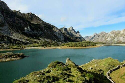 Parc naturel Somiedo, lac et montagne