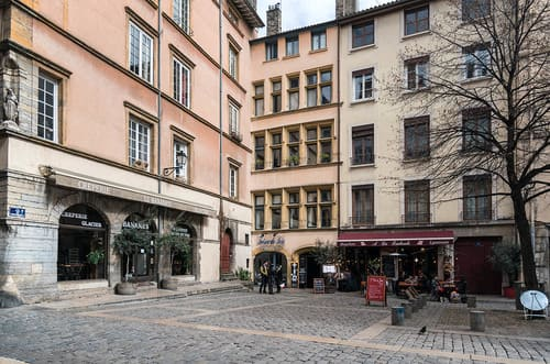place dans le vieux Lyon