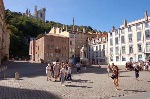 place Saint Jean devant la Cathédrale