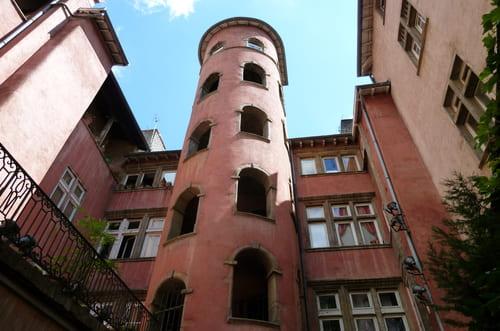 tour rose vieux Lyon
