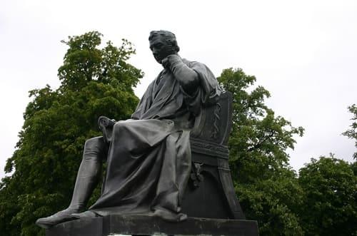 statue jardins kensington