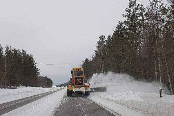 Routes enneigées en Laponie