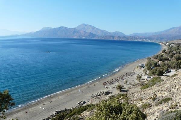 Longue plage en Crète
