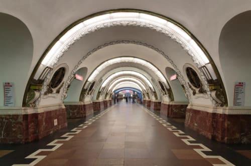 métro Saint Pétersbourg
