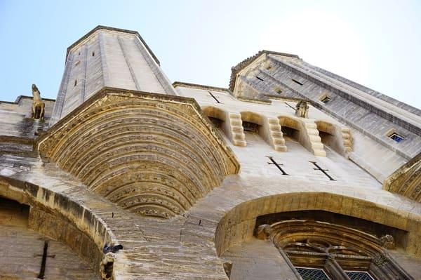 facade palais des papes avignon