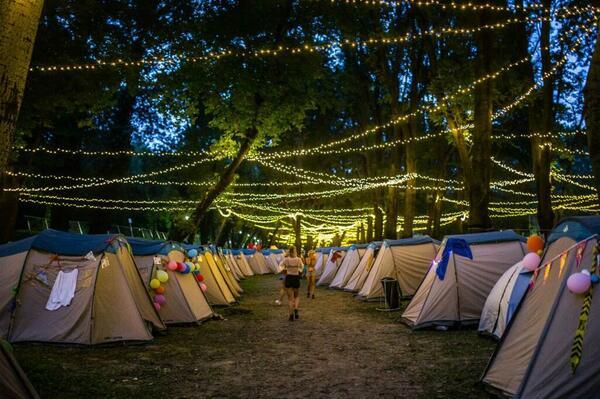 Tente de camping pour Oktoberfest Munich