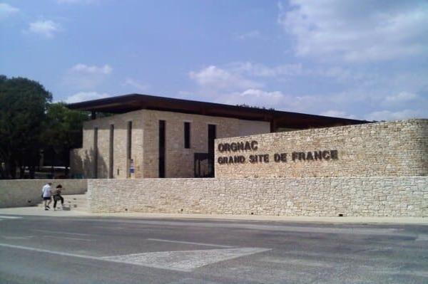 Visite de la cité de la préhistoire à Orgnac